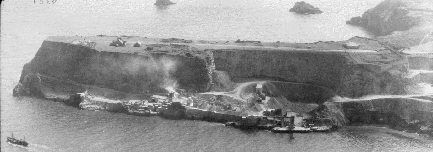 Quarrying at Berry Head Fort Number 3. NMR SX9456/39 RAF 30137/PSFO-P2-0034 27-AUG-1958.