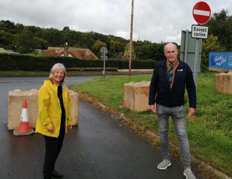 Photo of councillors at Doctors Walk